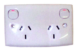 double power outlet - Allseasons Campervans